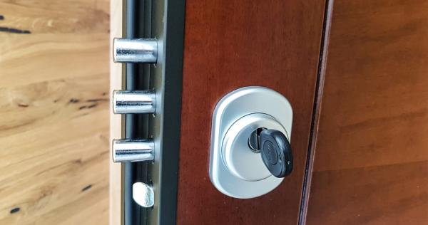 sistema chiusura a cilindri porta bilndata