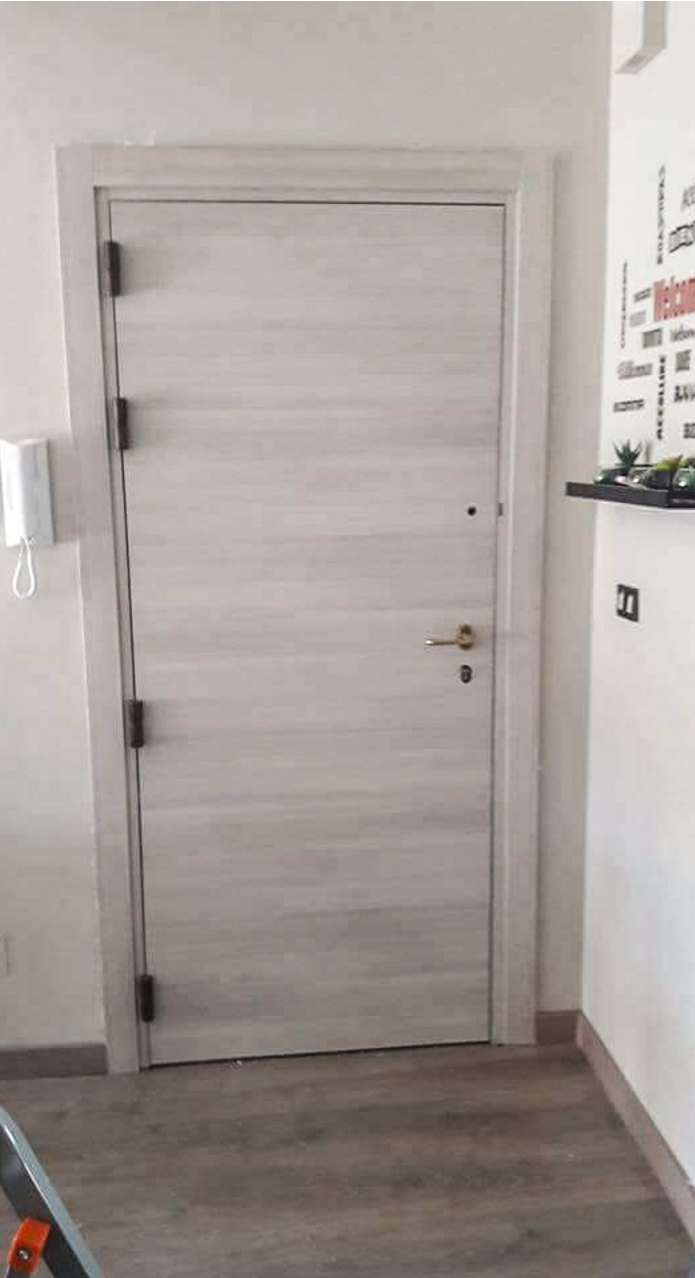 Porte blindate palermo in legno artigianale la porta che arerda - Porte interni palermo ...